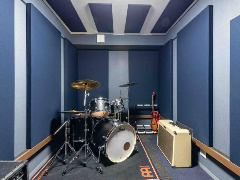 趣味の音楽を楽しめる防音スタジオのあるお住まい。広々空間でお子様の成長を楽しむ二世帯住宅。
