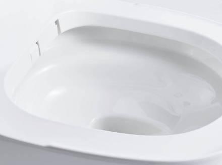 使うたび、泡が自動でおそうじするトイレ